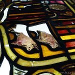 Vitrall Andorra sobre taula de llum - estat inicial, Vitral Andorra sobre mesa de luz - estado inicial,  Stained glass window Andorra on light table - initial state